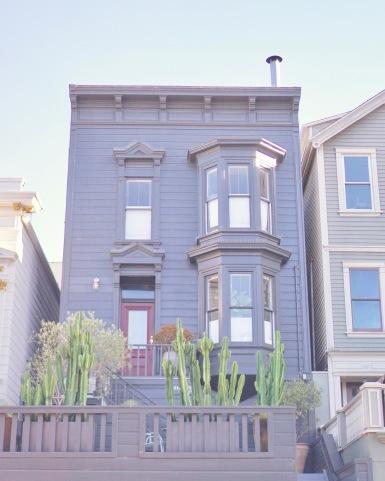 PASTEL HOMES - Mission District (The Mission) by Emme Hope Slow Blog San Francisco Slow Travel Slow Living - copyright 2019 emmehope.co